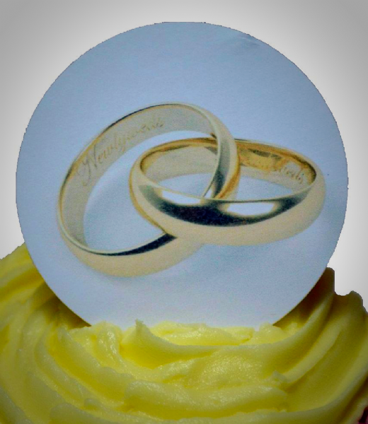 Edible cake toppersdecoration - Golden rings